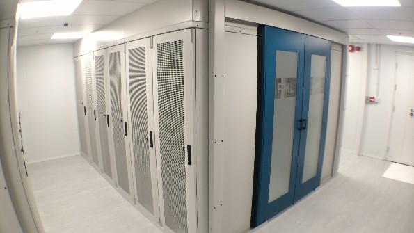 Hot Aisle Containment Data Centre