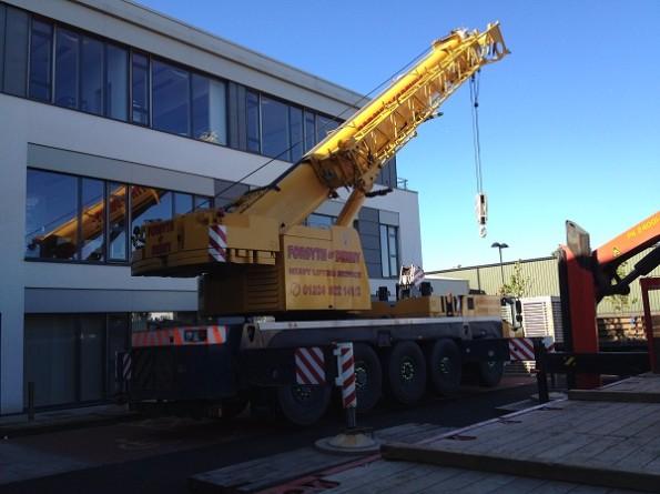120 Tonne Crane To Lift The Data Centre Generator
